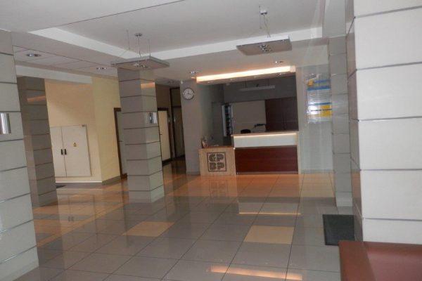 Biurowiec - hall 2 - P4253556